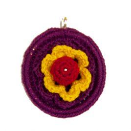 Broche de crochet con morado republicano